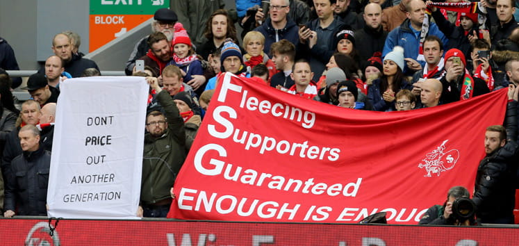 Liverpool fans protest ticket prices